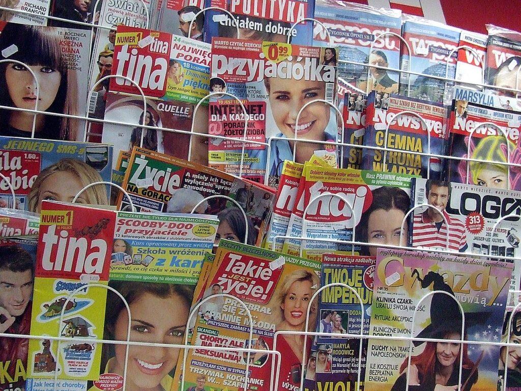 tabloid język mediów