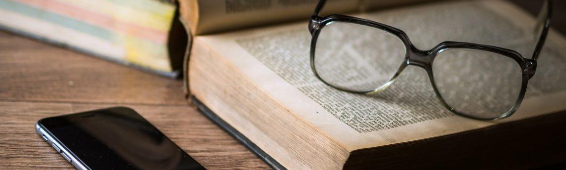Znaczenie języka opowieści, czyli co tracimy w tłumaczeniu