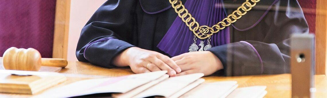 Obowiązek tłumaczenia dokumentów w postępowaniu administracyjnym